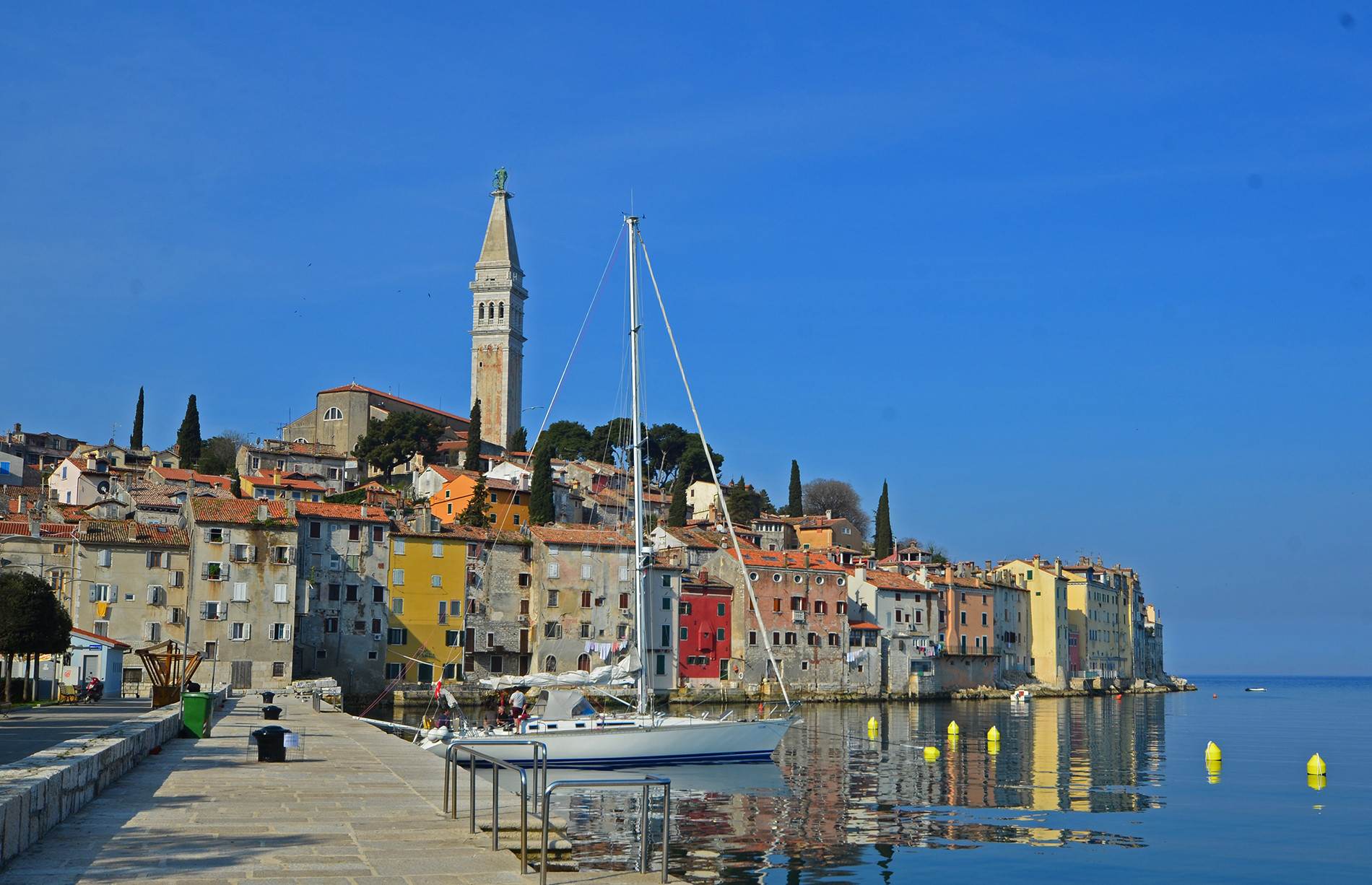 Apartment in Old Town of Rovinj - Trg Kralja Epulona 1, Rovinj - Croatia, Casa Epulona  - Apartmanica